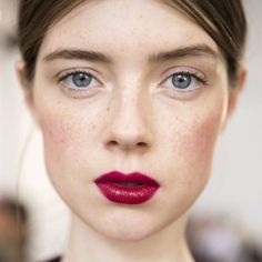 natural makeup with bold lip
