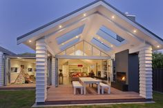 Robertson Residence by Creative Arch Bungalow Extensions, Minimal House Design, Modern House Floor Plans, Auckland, House Construction Plan, Casas Containers, Dream House Exterior, Modern Bungalow Exterior, Bungalow Renovation