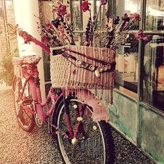 .@Penny Douglas People | Sneak peek at fall store displays from @freepeoplekingofprussia #freepeople #...