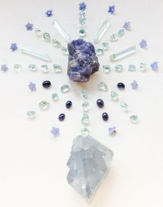 Woodlights Woudlicht Crystal Grid - Tanzanite, Iolite, Aquamarine, Celestine and Forget-me-nots