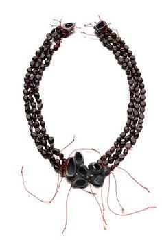 "Gavi Veit - ""Rosengarten"" series (2011). Necklace. Silver, garnets, thread. Picture courtesy of the artist"