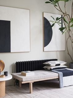 In the neighbourhood: two elegant, minimal London homes - - interior architect. In the neighbourhood: two elegant, minimal London homes - - interior architecture - Home Interior, Modern Interior Design, Interior Design Inspiration, Home Design, Design Ideas, Luxury Interior, Interior Plants, Modern Decor, Minimal Decor