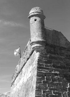Castillo De San Marco black and white