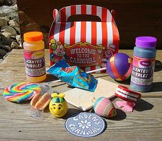 EXALTED BEAUTY: Carnival Birthday Party favor box