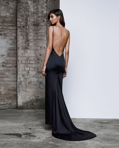 The low exposed back on this stretch satin formal gown by Lexi Clothing gives that special edge. This new collection is perfect for the fashion forward and free spirited. Available in store. Slep Dress, Evening Dresses, Prom Dresses, Wedding Dresses, Chic Dress, Dress Up, Mode Outfits, Looks Style, Formal Gowns