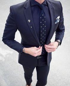 2 pcs Homens blazer Men's Terno Slim Fit Masculino Formal Mens business wedding suits for men costume homme navy blue suit 2017 Der Gentleman, Gentleman Style, Men Formal, Formal Wear, Mens Fashion Suits, Fashion Outfits, Men's Fashion, Formal Fashion, Fashion Menswear
