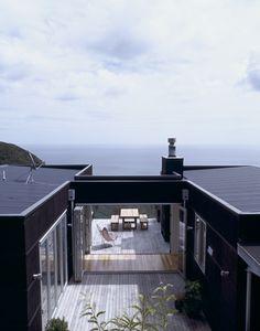 scandinavian retreat.: Two summer houses in New Zealand