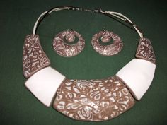 set of necklace and earrings handmade clay polymer, technical mokume textured game. Completely handmade design with the technical mokume game. Handmade Design, Alex And Ani Charms, Earrings Handmade, Clay, Charmed, Bracelets, Jewelry, Chokers, Polymer Clay
