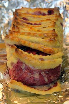 Germteig Schicht-Kuchen mit Marmelade und Walnüssen Sandwiches, Food, Marmalade, Biscuits, Pies, Kuchen, Homemade, Paninis, Meals
