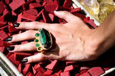 anel bruto esmeralda AR Essencial