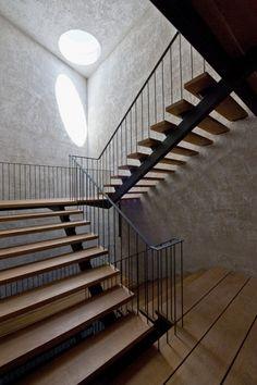 "© Luis Prieto ""The Condestable's House / Tabuenca & Leache, Arquitectos"" 09 Aug 2013. ArchDaily."