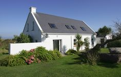 Southern Ireland, Self Catering Cottages, Holiday Travel, Seaside, Shed, Outdoor Structures, Traditional, House Styles, Places