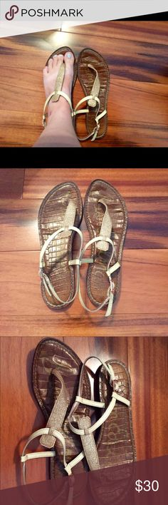 SAM EDELMAN Gigi Sandals Pre- loved Sam Edelman Gigi Sandals! Rose gold / gold thong and strap. These still have life in them! They're my favorites, I'm sad to see them go! So comfy and versatile! *NO TRADES* Sam Edelman Shoes Sandals