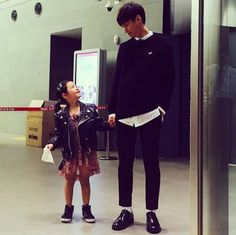 Fashionista Father and Daughter Tablo and Haru Make Sweet Eye Contact