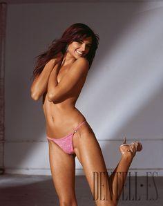 """Triumph Frühjahr/Sommer 2005 - Dessous - """"Valentine String"""" - http://de.dentell.es/fashion/lingerie-12/l/triumph-667"""