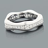 Stackable Diamond Eternity Ring LUCCELLO 0.55ct 18K Gold Wedding Band