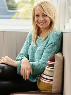 Carrie Bickmore Tv Presenters, Carrie, Carry On, Portraits, Pullover, Lady, Sweaters, Men, Style