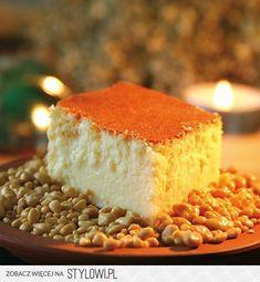 DOBRY SERNIK (z zakonnej kuchni)   SKŁADNIKI:  1kg sera… Polish Desserts, Polish Recipes, Polish Food, Cake Cookies, Sugar Cookies, My Favorite Food, Favorite Recipes, Polish Easter, Cornbread