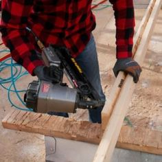 Here are some great framing tips that will help you build your walls straight, strong, and fast and make you a rockstar on the jobsite Home Remodeling Diy, Home Renovation, Kitchen Remodeling, Home Improvement Projects, Home Projects, Stone Accent Walls, Load Bearing Wall, Easy Woodworking Projects, Fine Woodworking