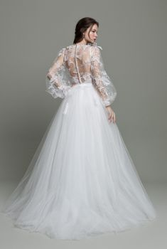 Top Wedding Dresses, Wedding Dress Trends, Designer Wedding Dresses, Bridal Dresses, Wedding Gowns, Surprise Wedding, The Dress, Bridal Collection, Bridal Style