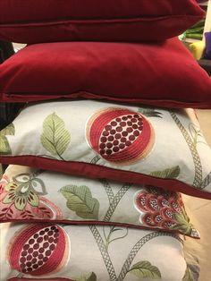 Puter til hytte  Interiørdesign og fargekonsulent   Leverandør: www.hegew.no Kreativ Designer: Hege Wølner Pillow Covers, Espadrilles, Chairs, Curtains, Pillows, Creative, Espadrilles Outfit, Pillow Case Dresses, Blinds