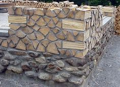 example of stacked corner on a cordwood home using the same split logs as the infill.  http://jelestrian.tripod.com/Photos/Small/sample_of_cordwood_house_2.jpg
