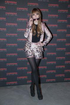 Laura Hayden con gafas de la línea CRAZE. Carrera Ignition Night #2. Matadero de Madrid. 20 de marzo'13.  Foto: Globally Carrera, Dresses With Sleeves, Long Sleeve, Fashion, March, Eyeglasses, Events, Photos, Moda