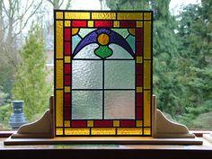Kleurenrijck. Glas-in-lood.