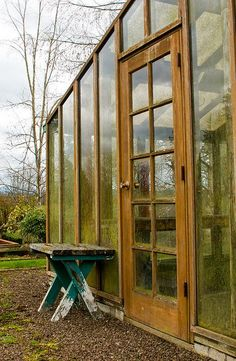 10 Inspiring DIY Greenhouses: Make Your Own Garden Oasis Greenhouse Supplies, Cheap Greenhouse, Build A Greenhouse, Greenhouse Growing, Greenhouse Gardening, Greenhouse Ideas, Gardening Tips, Dream Garden, Home And Garden