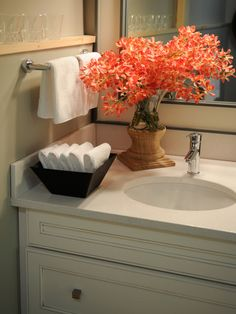 Bathroom Decor With Candles HGTV Dream Home 2011 Guest Bathroom Sink Decor Added on June 2016 at Write Teens Home Staging, Bathroom Staging, Bathroom Sink Decor, Guest Bathroom Remodel, Hand Towels Bathroom, Guest Bathrooms, Bathroom Spa, Bathroom Ideas, Bathroom Storage