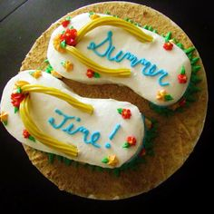 Vanilla Bean Girls - Flip Flop summer cake  Yep, this is for me!! Summer has to get here faster:/