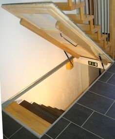 Click to close the picture click and drag u   #amazon #bild #the #click # close Basement Doors, Basement Bedrooms, Bedroom Loft, Teenage Attic Bedroom, Loft Staircase, Staircase Design, Spiral Staircases, Attic Renovation, Attic Remodel