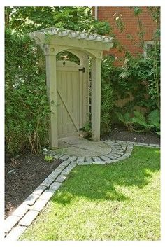 Courtyard Design, Courtyard House, Fence Design, Courtyard Gardens, Design Cour, Garden Gates And Fencing, Garden Arbor With Gate, Arbor Gate, Verge