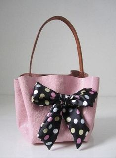 Trendy Sewing Accessories Bag How To Make 50 Ideas Sewing Accessories, Handbag Accessories, Fashion Accessories, Cute Purses, Purses And Bags, Leather Handbags, Leather Bag, Diy Handbag, Handbag Tutorial