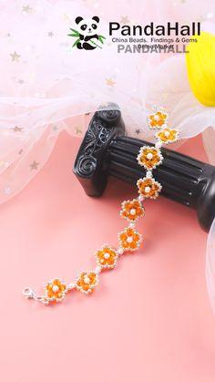 Handmade Beaded Jewelry, Beaded Jewelry Patterns, Seed Bead Jewelry, Bead Jewellery, Bead Crafts, Jewelry Crafts, Paper Flower Patterns, Armband Diy, Antique Jewellery Designs