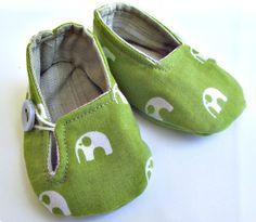 Little Stomper - Buster Boo Elephants, £10.20 (http://www.littlestomper.co.uk/buster-boo-elephants/)