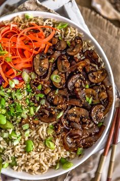 These crazy good sautéed Mongolian Mushrooms and Onions are bursting with sweet, tangy deliciousness and a perfect addition to your favorite veggie bowl. Heart Healthy Recipes, Healthy Eating Recipes, Delicious Vegan Recipes, Side Dish Recipes, Veggie Recipes, Whole Food Recipes, Mushroom Recipes, Cheap Vegetarian Meals, Vegetarian Recipes