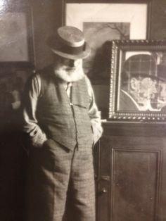 Walter Sickert nearing old age Walter Sickert, Stanley Spencer, Frank Auerbach, Living In England, Camden Town, David Hockney, Painters, Crime, Horror