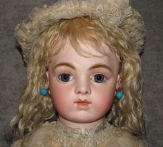 26  BRU JNE 12~Chevrot Body~Blue Pwt Eyes~Rare All Original Find~French Doll