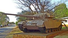 The Olifant was a modified British Centurion from derived from the interim Skokiaan developed by ARMSCOR. South African Air Force, The Centurions, Army Vehicles, Battle Tank, Survival Skills, Hot Wheels, War, Tanks, Photos