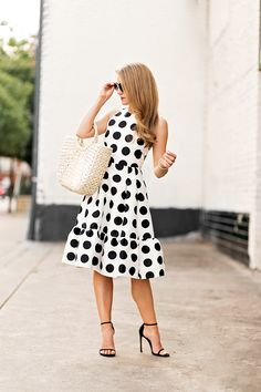 I know this is a big statement, but friends, you're looking at the most fun dress I've ever worn. This Kate Spade polka dot dress is absolutely to die for. Simple Dresses, Beautiful Dresses, Nice Dresses, Short Dresses, Dresses Dresses, Black Polka Dot Dress, Polka Dots, Dress Black, Shorts Longs