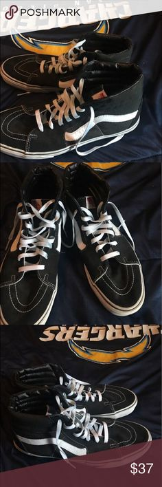 Ski high Barely worn !!! Don't like the shoes no more Vans Shoes Sneakers