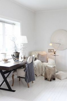 Like the table and the brightness and softness but what's the deal with the gigantic clock?!