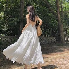 Version Of Retro Chic Dress Long Skirt Girl's Heart Fairy Gentle Style Sling Classy Outfits, Pretty Outfits, Pretty Dresses, Beautiful Dresses, Ulzzang Fashion, Ulzzang Girl, Korean Fashion, Aesthetic Fashion, Aesthetic Clothes