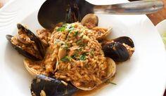 Μυδοπίλαφο Greek Beauty, Greek Cooking, Fish And Seafood, Risotto, Food Porn, Pork, Rice, Beef, Chicken
