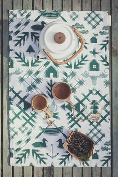 Saana ja Olli - Villi pohjola - Tea towel-Table mat 45x70cm - 1 - Photo Unto Rautio hi-res