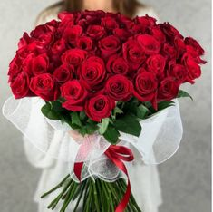 Send your loved ones this #Beautiful red rose #Flowers bouquet online. Our red rose flower arrangements are hand-delivered by local #Florists. Red #Roses delight us and there's no better gift than a #Bouquet of fresh cut roses. These flowers represent #Love and expressing your feelings towards your special ones. The price is only $59. Place an order and get it delivered on the same day anywhere in #Chinatown, LA.