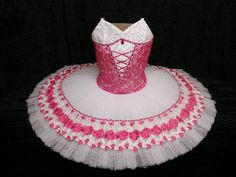 Peasant in pink. - bodice is lovely