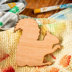 Squirrel looks great painted or covered in glitter. Use as a template to create your ow artwork. You Draw, Pictures To Draw, Plywood, Squirrel, Create Yourself, Craft Supplies, Barn, Glitter, Shapes