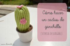 """Cactus Amigurumi - Patrón Gratis en Español en versión PDF - Click """"Lo Quiero"""" en un círculo rosa al final del post aquí: http://www.elenarte.es/2014/11/como-hacer-un-cactus-de-ganchillo.html"""